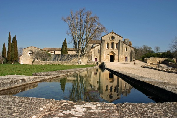 L 39 abbaye de silvacane la roque d 39 anth ron - Abbaye de citeaux horaires des offices ...